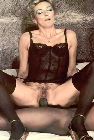 Free Moms Retro Porn Pictures